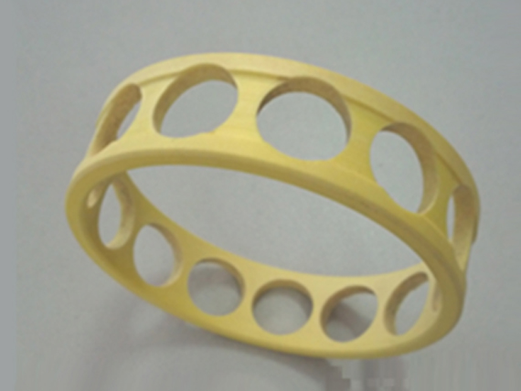 多孔含油聚酰亚胺保持架及材料
